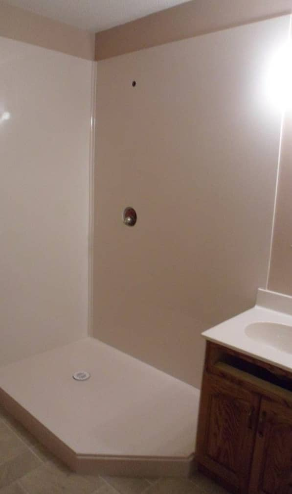 Angle-Entry Shower